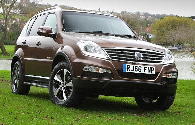 Is chocolate your car-colour flavour of the moment? At least brown will hide the mud collected by a big 4X4, like this SsanYong Rexton